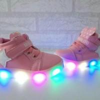 Sepatu Sneakers Anak Bintang Star Mickey Adidas Import Murah Lampu LED