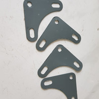 Siku segitiga besi Cocok untuk besi rak lubang Bahan besi plat