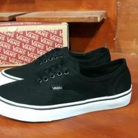 Sepatu Vans Authentic Premium Code IFC Black Dop Sepatu Casual Pria 4ed4c0b402