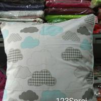 Bantal + Sarung Sofa 40x40 cm Cloud
