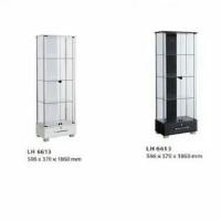 Lemari etalase / lemari pajangan kaca