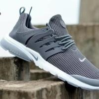 Import Sepatu Nike Fresto Full White Sneakers Murah 090d409709