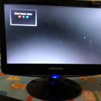 Monitor Samsung 14 inch + Gadmei Combo TV Box
