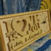 Frame kayu ukir motif plus jam
