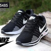 Harga sepatu sneaker sport niki | Pembandingharga.com