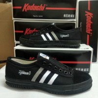 Sepatu Kodachi 8111 Full Black