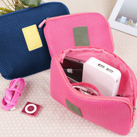 Lynx Cable Pouch Multifungsi Dompet Shockproof Organizer Cosmetic Bag