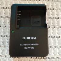 Charger FUJIFILM BC-W126 For FUJI XA1 / XA2 / XA3 / XM1 kamera camera