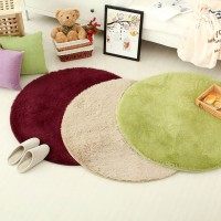 Karpet Bulu Model Bulat Dim. 80CM