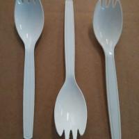 Sendok garpu makan plastik 2 in 1 ( Putih )