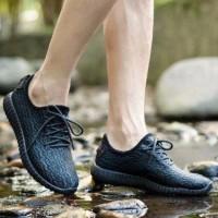 sepatu adidas yeezy 350 boost 1 sneakers sepatu pria wanita running