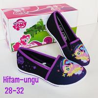 Sepatu little pony slip on, pony play #sepatu sekolah anak #sepatu ce