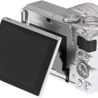 Kamera Nikon 1 J5 Lensa Kit 10-30mm 23 MP - Silver Berkualitas