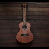 Gitar Ukulele Makoa Mkc-Ns Concerto Plus Softcase - Merah Muda