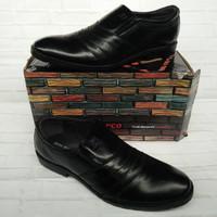 Sepatu Pantofel Pria John Marco Original ukuran 42