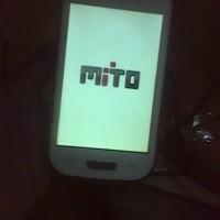 HP-ANDROID MITO A200 MASIH NYALA ASIIK KONDISI BEKAS MINUS TOUCHSCREEN
