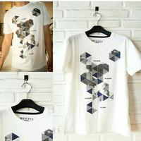 T-Shirt / baju / kaos trendy untuk pria dan wanita (size S, M, L)