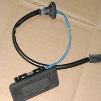 Switch Handle Pintu Bagasi Chevrolet Spin Original GM