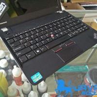 Laptop Thinkpad e130 Core i3 12in Red Bekas