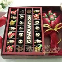 Trulychoco cokelat kado wisuda kekasih special dengan bunga
