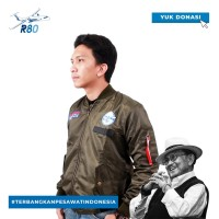 Official Jaket Bomber R80