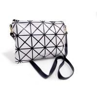 Obral tas selempang asimetris sling bag white bta196