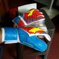 Sarung tangan GLOVE DIADORA