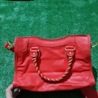Harga 2nd Red Travelbon.com