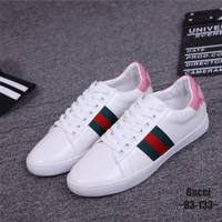 e634f203014 Sepatu import GUCCI Bee Sneakers   83-133