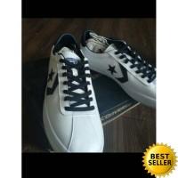 Sepatu Unisex Converse All Star White Original Putih Cowok Pria Wanita fec838afe6