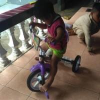 Sepeda Anak Roda Tiga Yoe yoe Model BMX Besi Kuat Kado Hadiah Karet