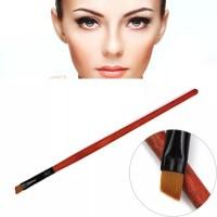 Kuas eyebrow dapat digunakan untuk henna thumbnail