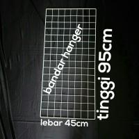 Display aksesoris ram kawat 95x45