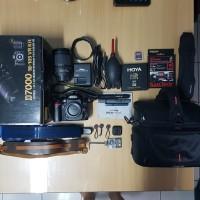 Kamera DSLR + Lensa Nikon D7000 18-105 VR Kit 100%