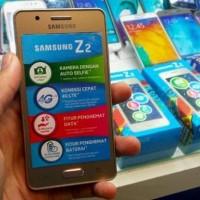 SAMSUNG Z2 TIZEN RAM 1GB 4G CAMERA HANDPHONE ANDROID GARANSI RESMI