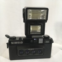 Camera Nimslo 3D with Flash