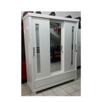 Lemari kayu 3 pintu sliding door full putih duco