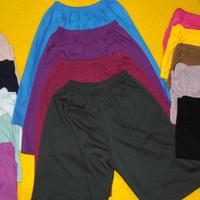 Celana harian pendek anak ukuran L