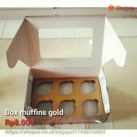 Box muffins gold