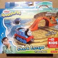 THOMAS & FRIENDS ADVENTURES - SHARK ESCAPE track pack FREE 1 DIECAST