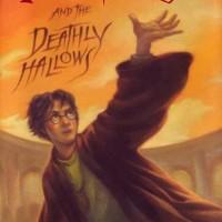 Harry Potter and the Deathly Hallows - J.K. Rowling (Fantasy Novel)