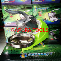 Mesin gilingan es /Serut Es, Ice Crusher .
