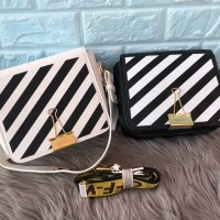 TAS OFF WHITE CROSSBODY BAGS