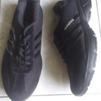 Sepatu Adidas Model Sporty