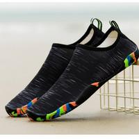 Sepatu Pantai Black sepatu diving sepatu renang sepatu air unisex