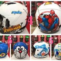 Helm Anak MDS karakter last stok
