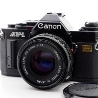 Kamera analog Canon AV-1 + lensa canon fd 50mm f/1,8