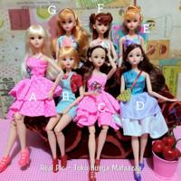 boneka barbie pivotal