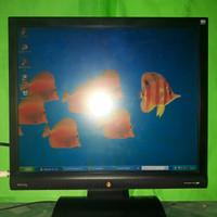 LCD Monitor Komputer BenQ 17inch Square G700AD