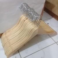 Harga hanger baju untuk display toko atau jemuran baku bahan kayu | antitipu.com